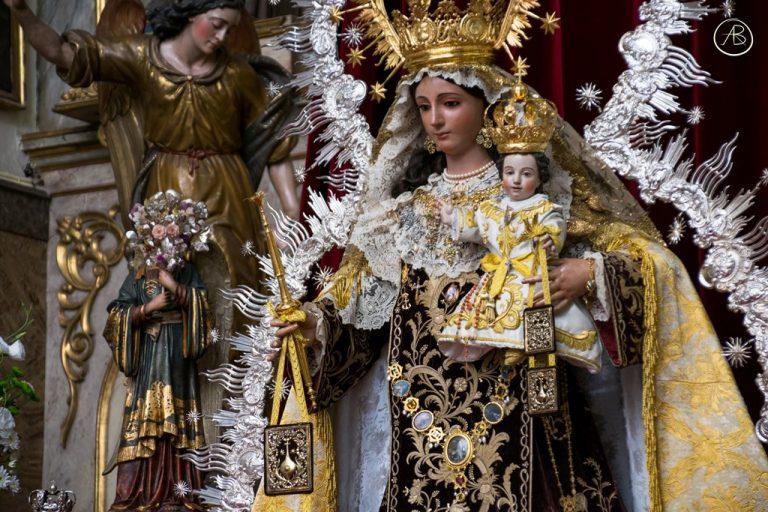 Besamanos de Nuestra Señora del Carmen del Santo Ángel